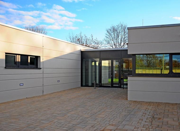 Nach 15 Monaten Bauzeit wurde das Hospiz in Wittenberge am 22. Januar 2021 offiziell eröffnet. Quelle: Stephanie Fedders